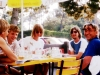 1989 im Biergarten nach Ka8 Abrüsten im Sommerregen