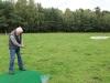 Reinhard präsentiert seine Golf-Fertigkeiten